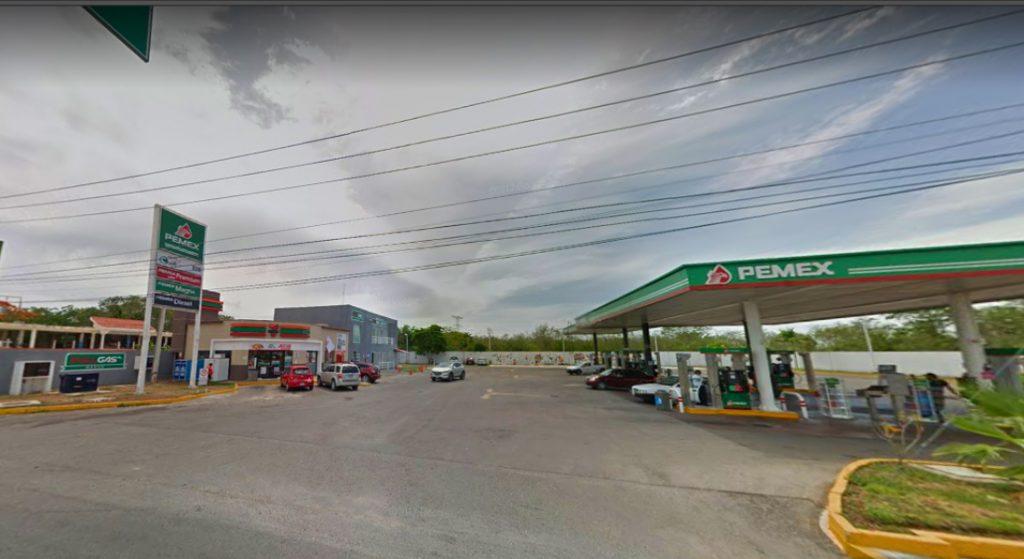 Imagen de una de las gasolineras de Mérida que vende más caro el litro de gasolina Premium. (Google Street View).