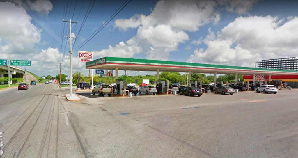 Imagen de una de las gasolineras que tiene precio alto en la Magna. (Google Street View)