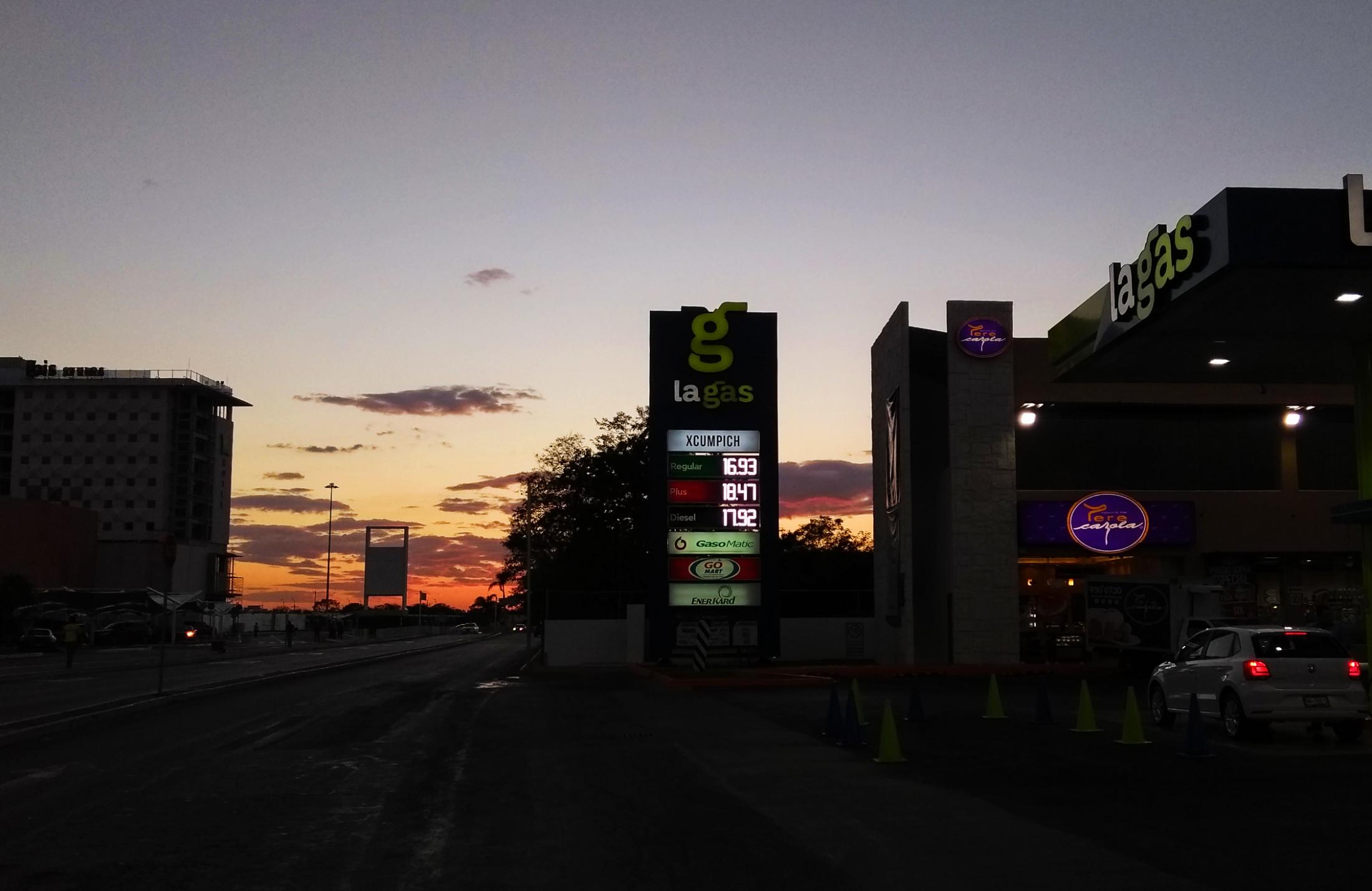 Mientras dormías, la Magna rebasó $17.00 por litro en Mérida; mira los nuevos precios
