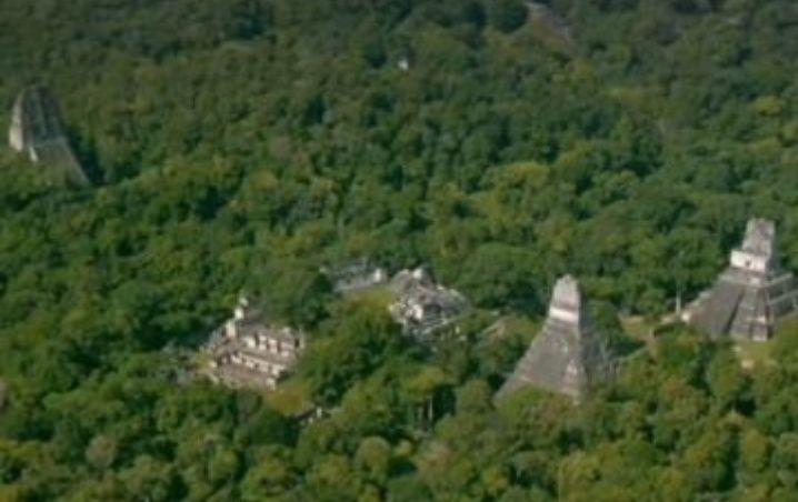 Descubrieron una gigantesca ciudad maya en selva de Guatemala
