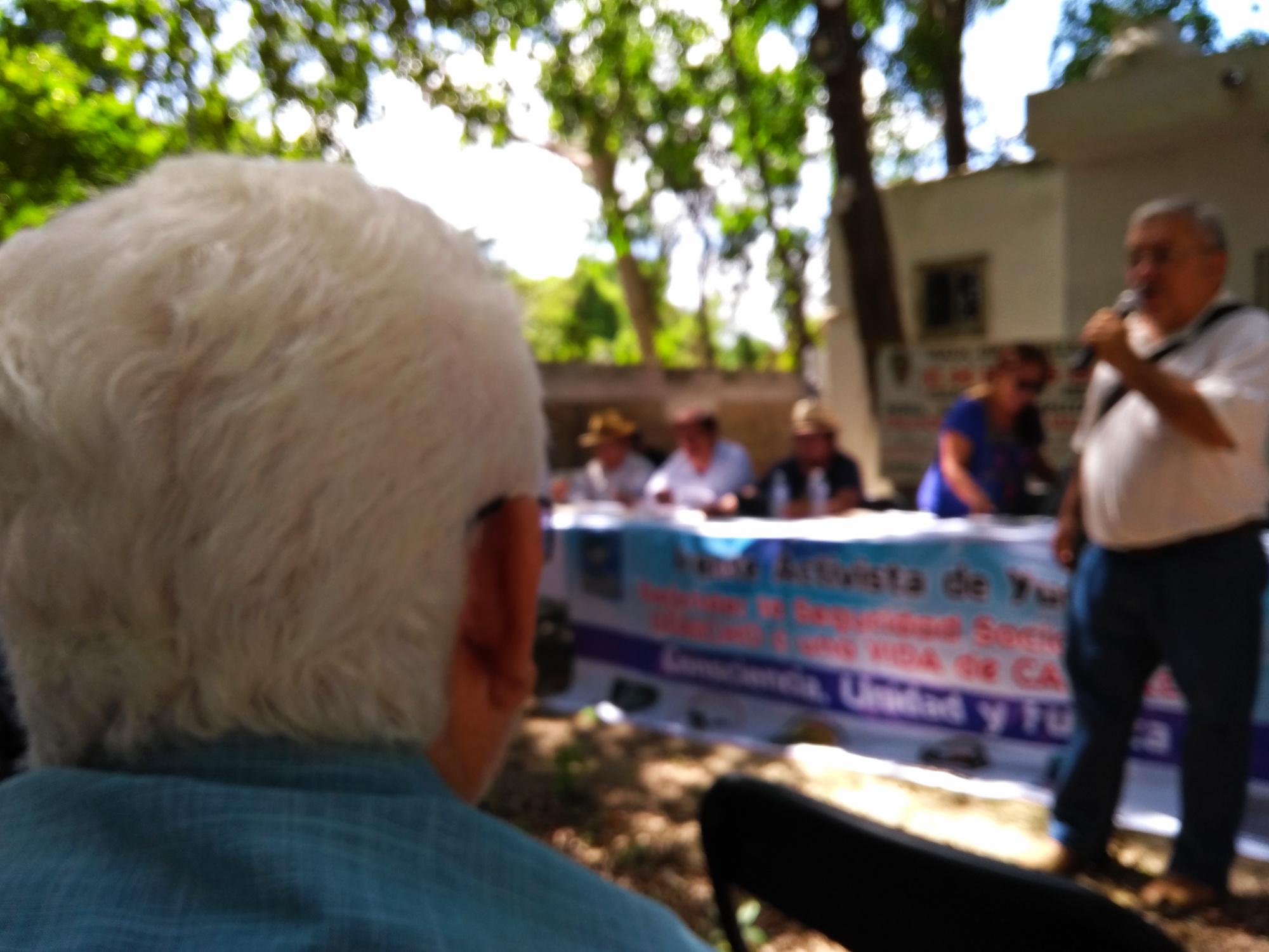 Jubilados de Yucatán piden ayuda a CNTE de Oaxaca para defender sus derechos (videos)