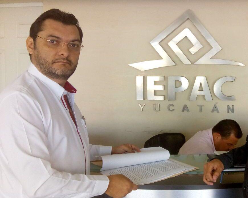 Niega aspirante por Mérida retirarse de contienda electoral