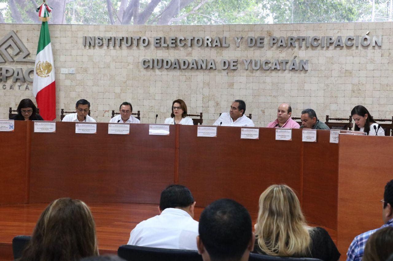 Ponen lupa a más tres mil candidatos en Yucatán