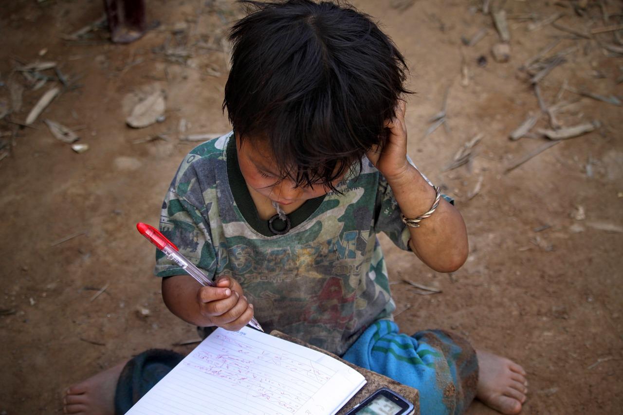 Universidades no deben ignorar pobreza y desigualdad.- Experto