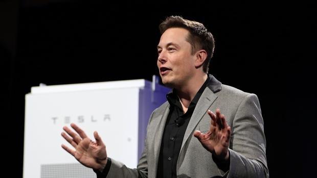 Inteligencia artificial es 'más peligrosa que armas nucleares': Elon Musk