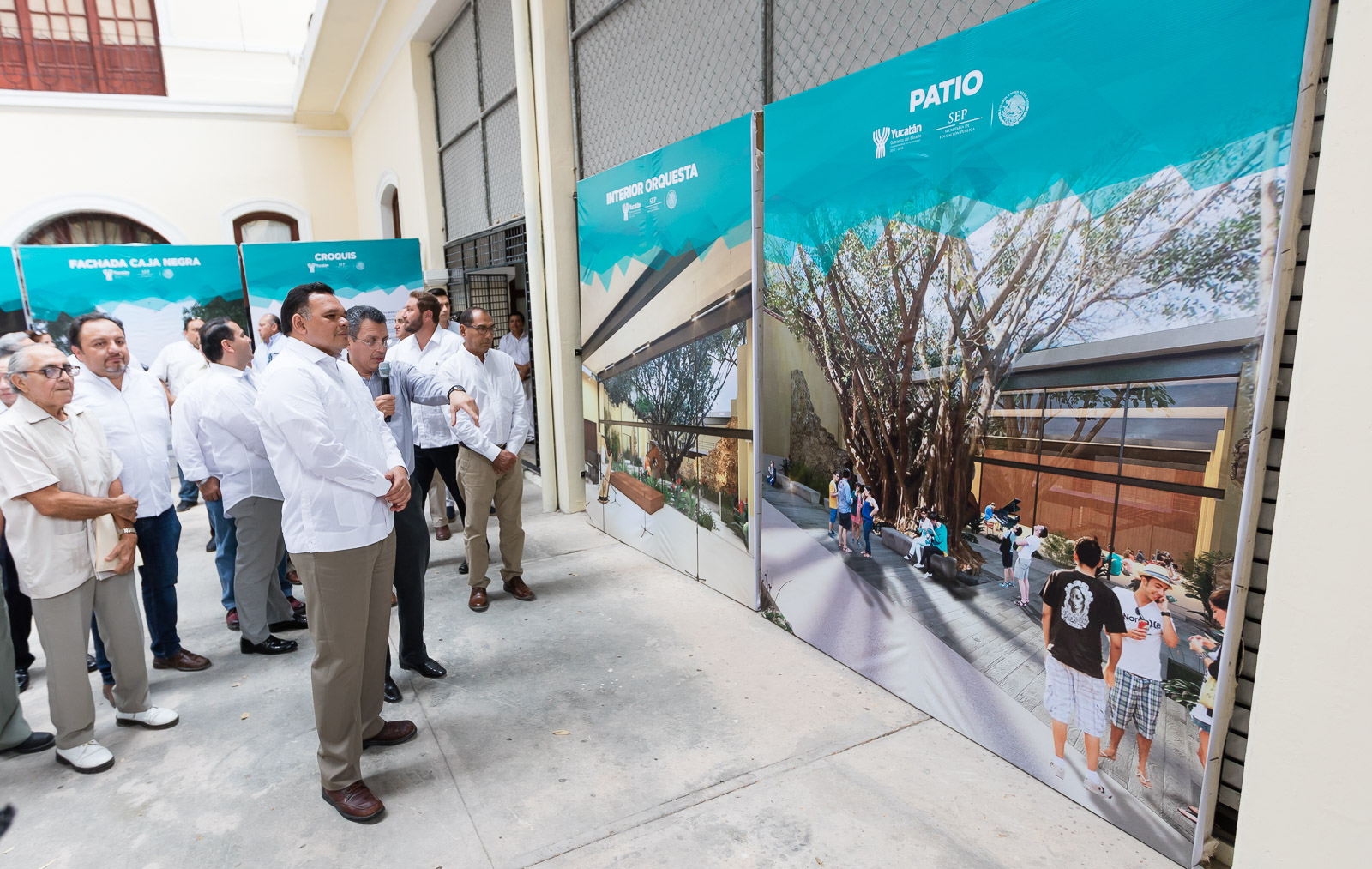 En marcha, Universidad de las Artes de Yucatán