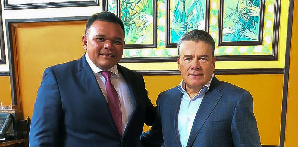 Rolando Zapata y Juan Díaz de la Torre se reúnen en privado