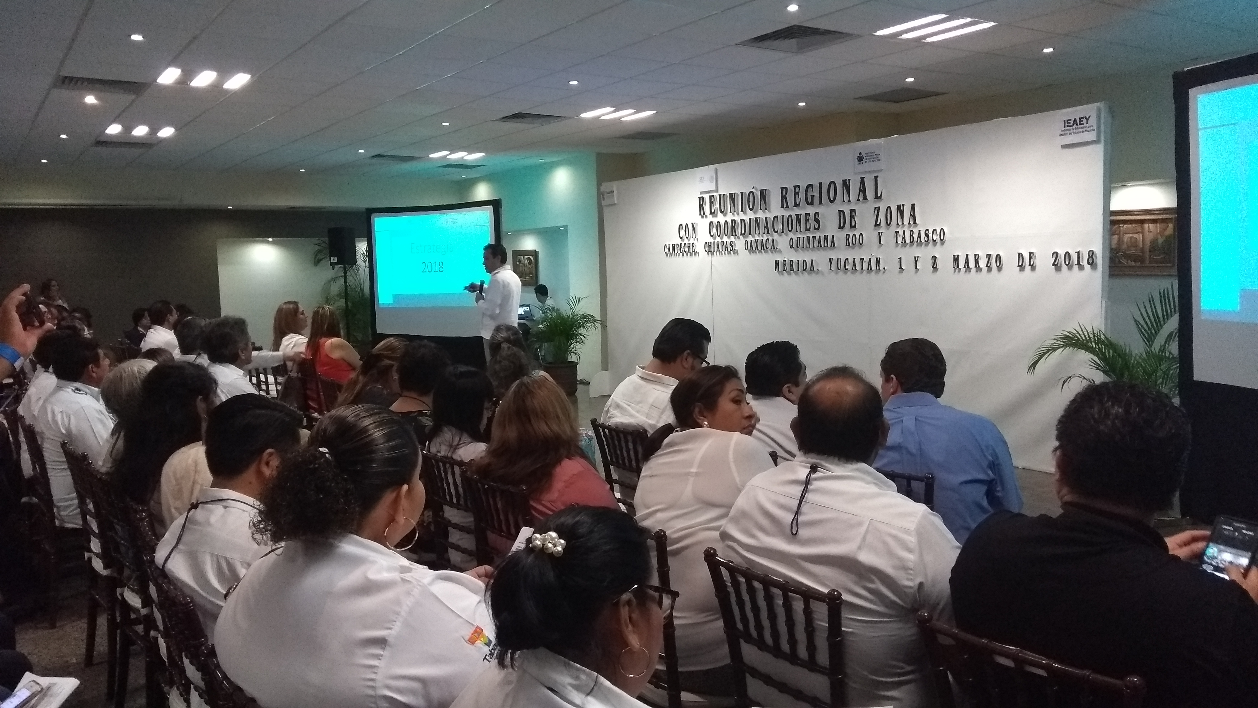 Esperan mayor reducción de analfabetismo en Yucatán