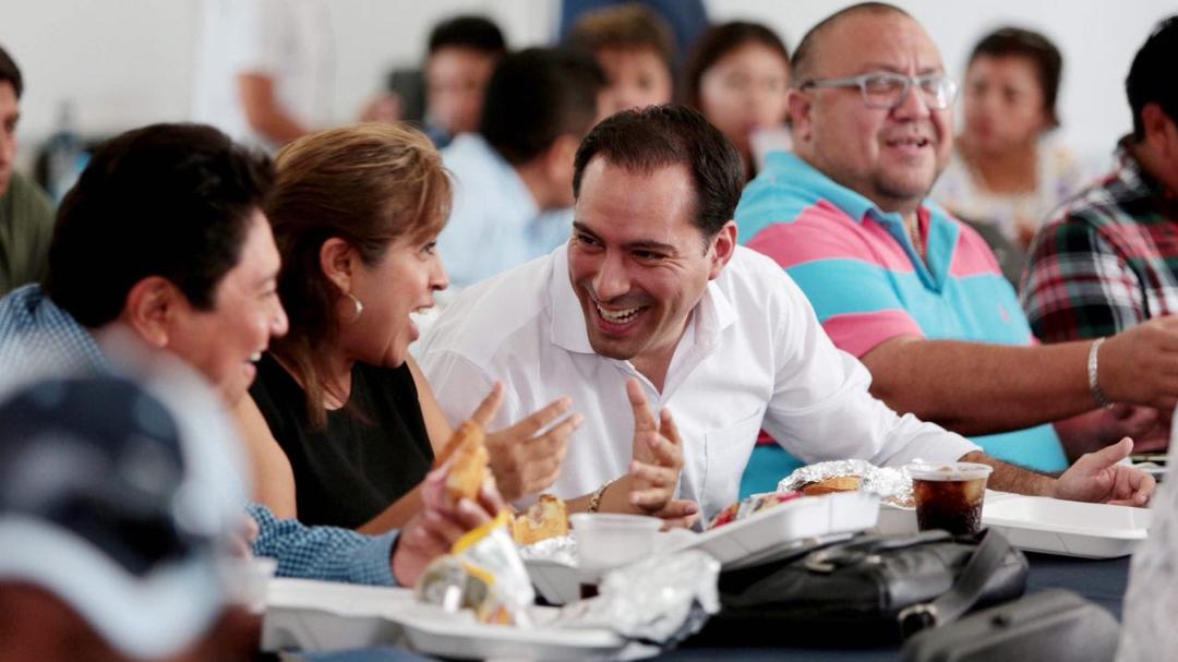 """""""Las mujeres tienen todo el potencial para transformar a Yucatán"""": Vila Dosal"""