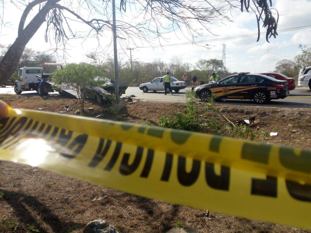 Muere prensado en su vehículo; se presume que conducía ebrio