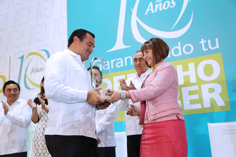 Transparencia, marca de buenos gobiernos: Renán Barrera