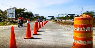 Las autoridades no avisaron del cambio de planes en el cierre de la carretera a Progreso, en Mérida, y confundieron a conductores.