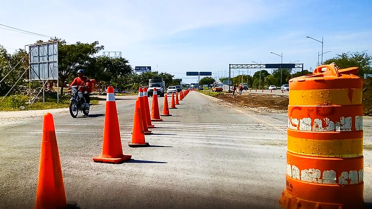 Aplazan cierre de vía a Progreso; autoridades no informan y confunden a conductores
