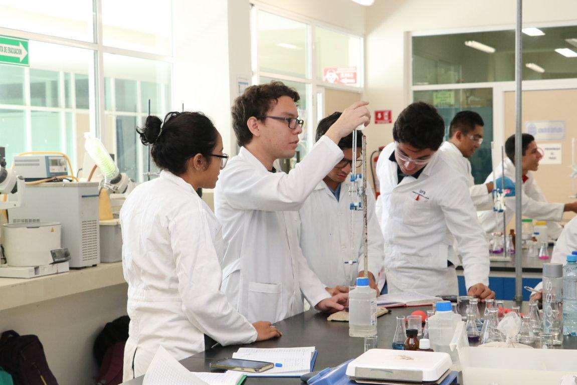 Revisan desafíos de integración farmacéutica en Península de Yucatán