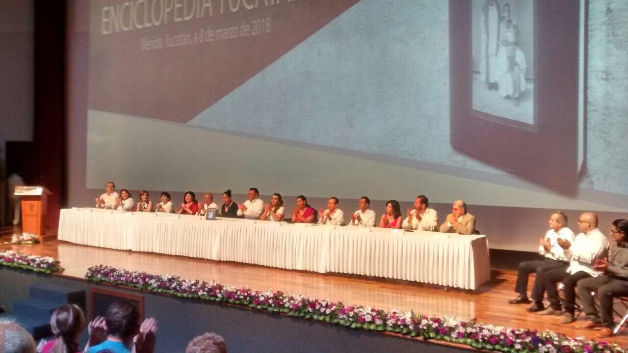"""Historia y reflexión: """"La mujer en la sociedad yucateca"""""""