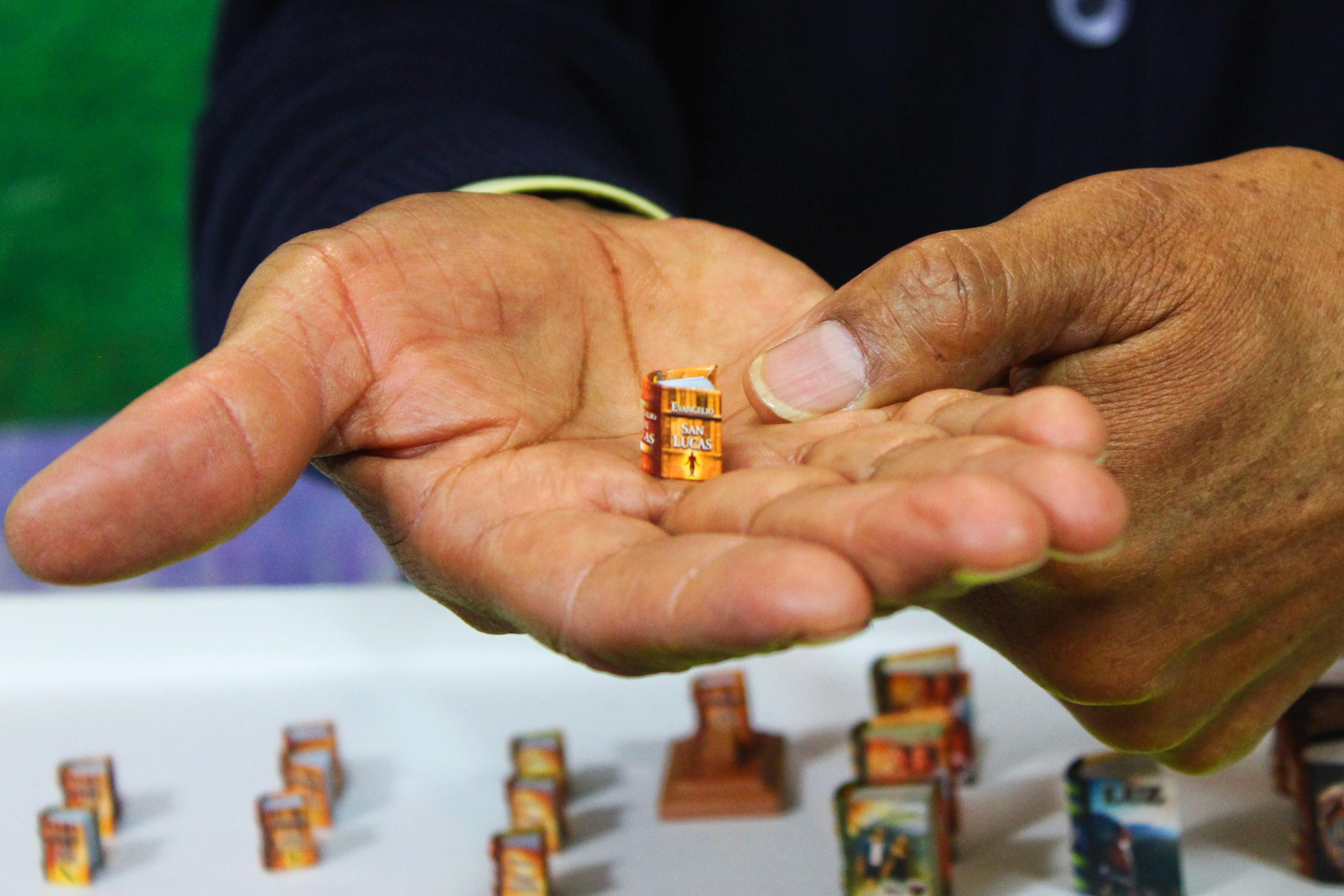 libros más pequeños del mundo en filey 2018