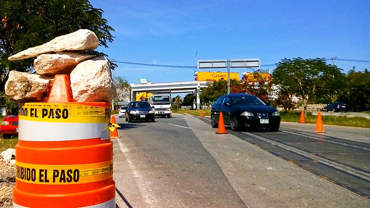 ¡Aguas! Cierran salida Mérida-Progreso y 2 carriles sobre el puente (video)