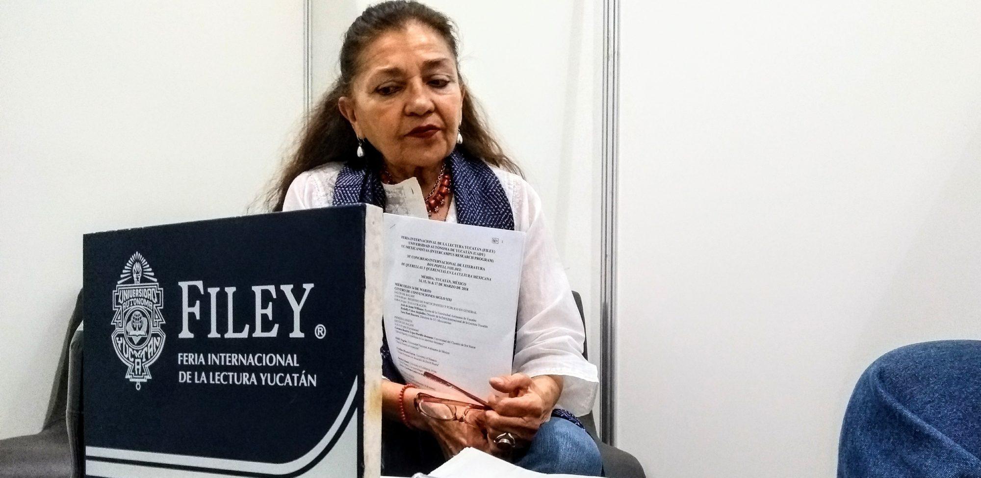 Sí queremos un muro en frontera con EE UU, pero de libros: escritora yucateca