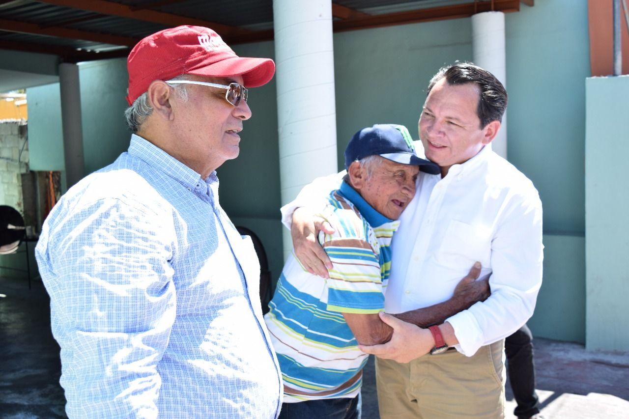 Adopta Díaz Mena propuesta para reducir gastos de campaña