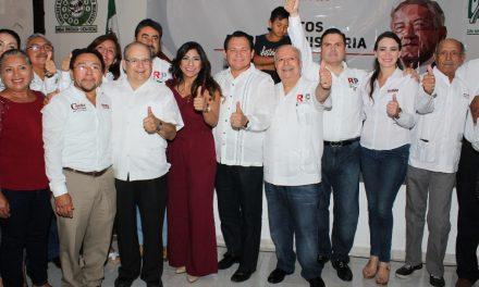 Asiste Huacho a toma de protesta de RSP coordinación Yucatán