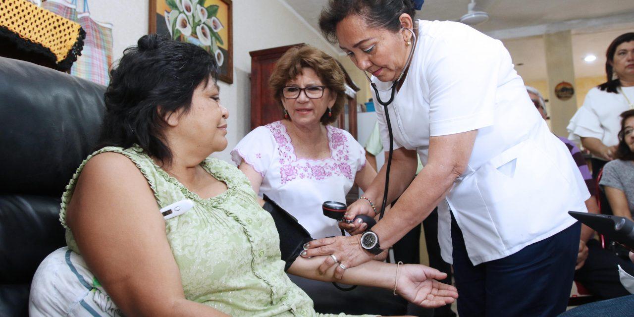 """Con digitalización de expedientes, mejoran servicio """"Médico a Domicilio"""""""