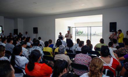 Trabajadores del sector salud con Ramírez Marín
