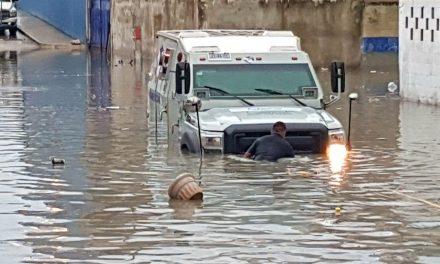 Clima inestable: Ahora tocó a Cancún lluvia y granizo