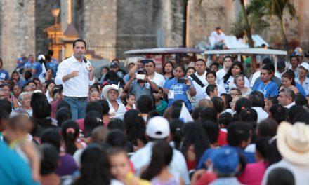"""""""Los profesores ganarán más"""": Vila Dosal"""