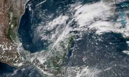 #Clima: Seguirá el calor, pero con potencial de lluvias #YucatánPenínsula