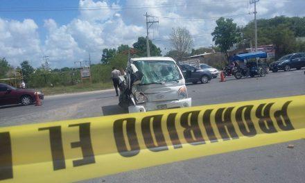 Encontronazo en la Mérida-Tixkokob; dos lesionados graves
