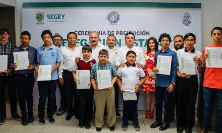 Premian a 11 estudiantes yucatecos más destacados en Matemáticas