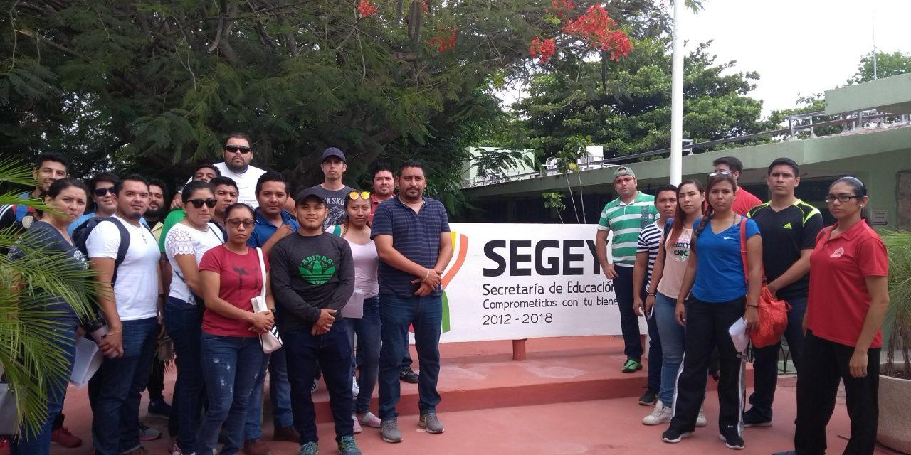 Queja con protesta en Segey de profesores de educación física