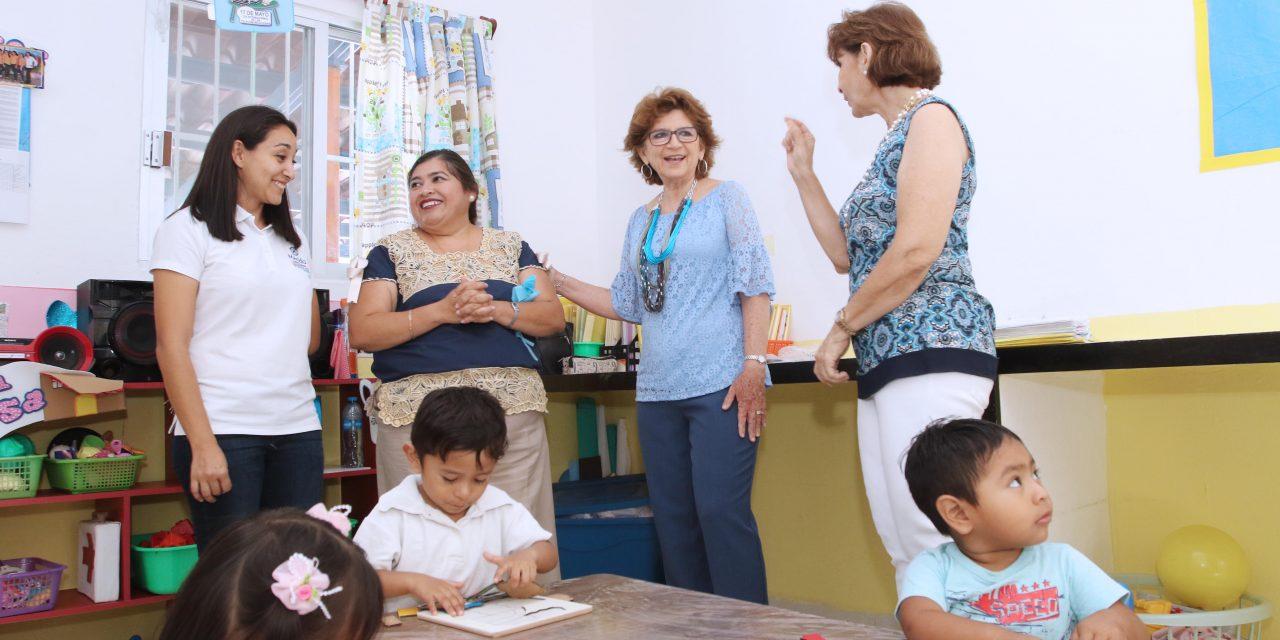 Visita la alcaldesa María Fritz Sierra el Cendi San José Tecoh