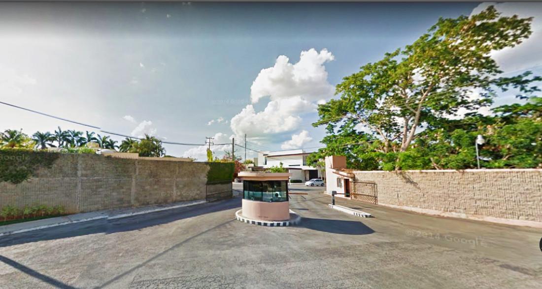 Asalta grupo armado 2 residencias de lujo en Mérida; papás hallan amarrado a niño