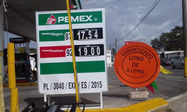 Mientras reías por memes de Peña Nieto, gasolina superó $19 por litro en Mérida