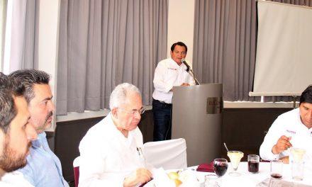 """Respaldo total a """"Huacho"""" para trabajar por el crecimiento parejo de Yucatán"""