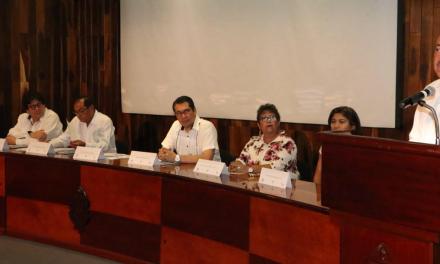 """La UADY, relevante; los rankings, """"subjetivos"""".- Rector"""