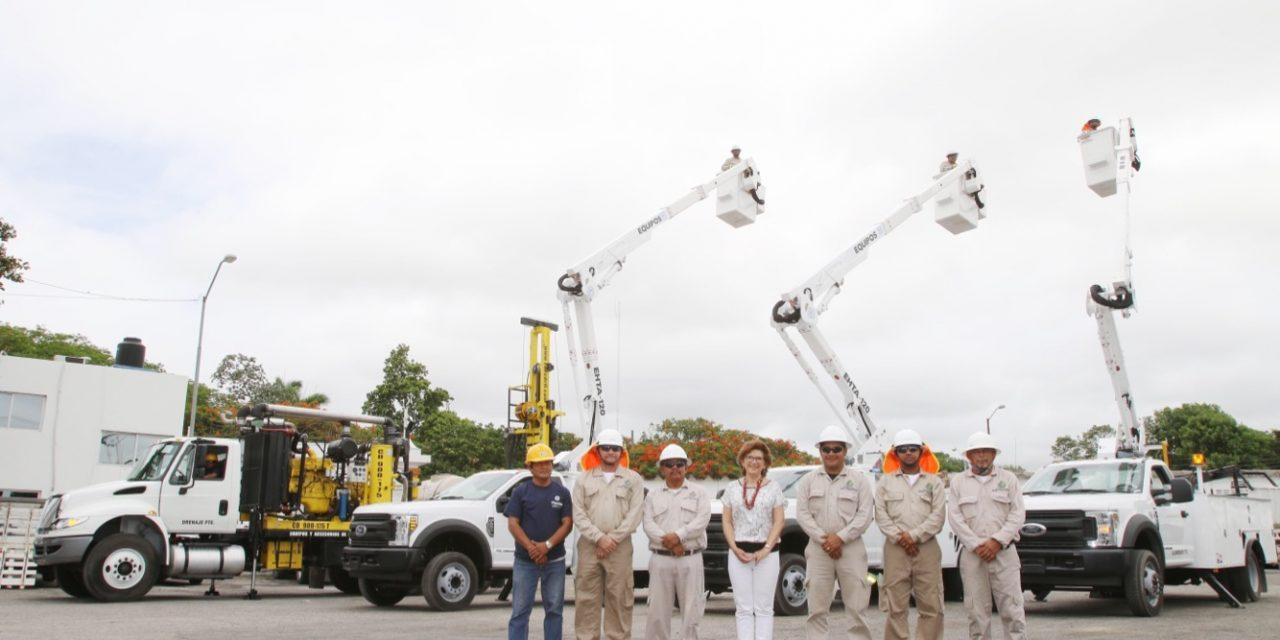 Entrega alcaldesa nuevos equipos para el mantenimiento de la ciudad