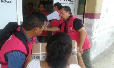 Entregan paquetes electorales en Quintana Roo