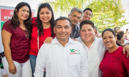 Seguridad y servicios eficientes para todos los fraccionamientos de Mérida: Víctor Caballero