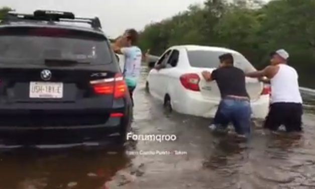 Colapsa comunicación terrestre entre Chetumal y Cancún