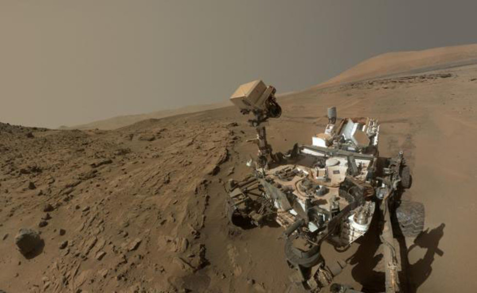 Vuelve robot 'Curiosity' a analizar Marte