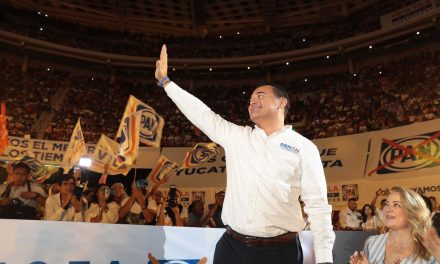"""""""Juntos y unidos para defender el voto"""": Renán Barrera"""