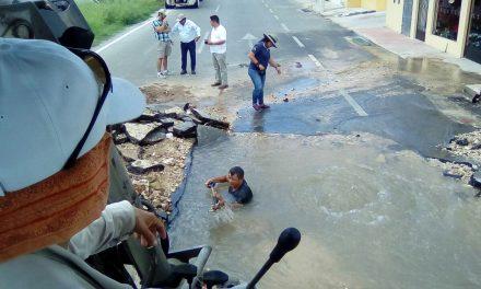 Mega fuga deja sin agua a 40 mil usuarios de 127 colonias de Mérida