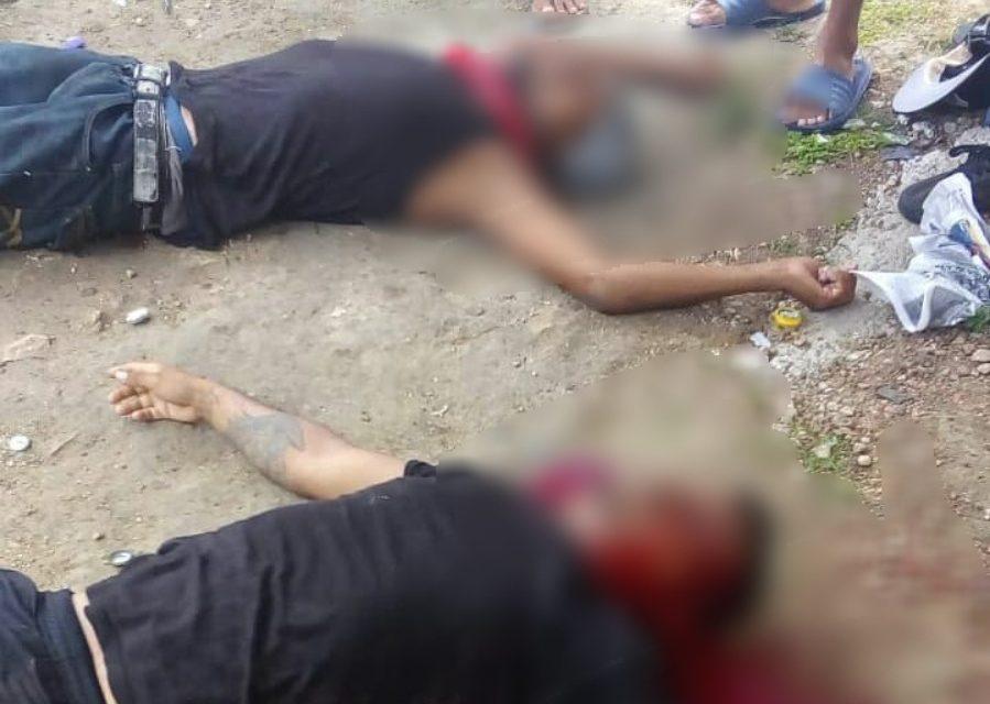 Criminales en Cancún ejecutan 'a domicilio' a dos jóvenes