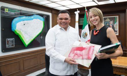 Se presenta Courtney Beale, nueva cónsul de EU en Mérida
