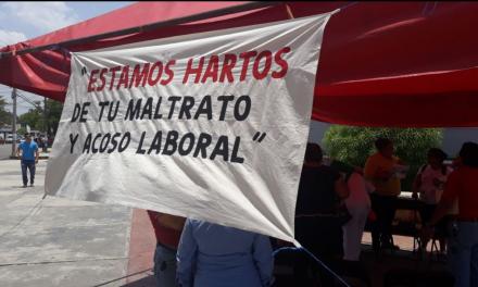 Empleados de clínica ISSSTE Mérida exigen cese de funcionario