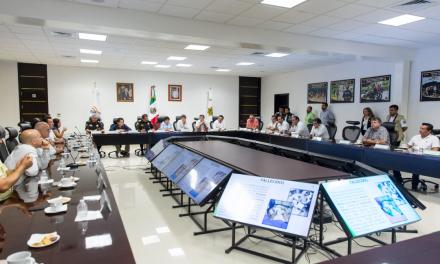 Evalúan seguridad Gobierno Yucatán y líderes empresariales