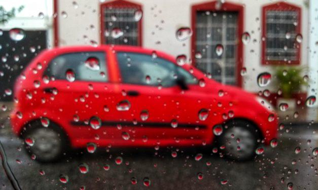 Esta tarde vi llover y vi gente (no) correr… Lluvia de ayer 'vuelve' hoy a Mérida (video)