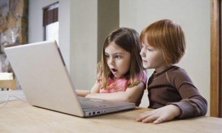 Uno de cada diez padres piensa que sus hijos son adictos a Internet